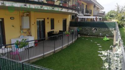 Zona Iper trilocale con giardino